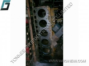 KOMATSU 6D105 engine block, PC200-3 engine block, 6D105 cylinder block